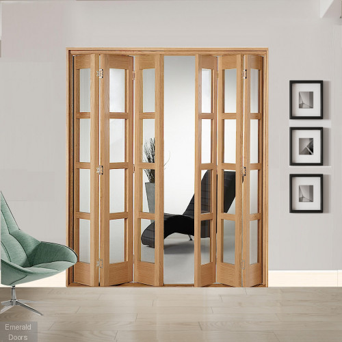 6 Leaf Oak Shaker 4L Clear Glazed Bi-Folding Set
